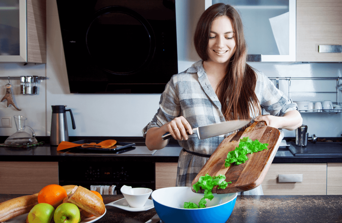 7 Ways to Cook Healthier Meals Without a Recipe