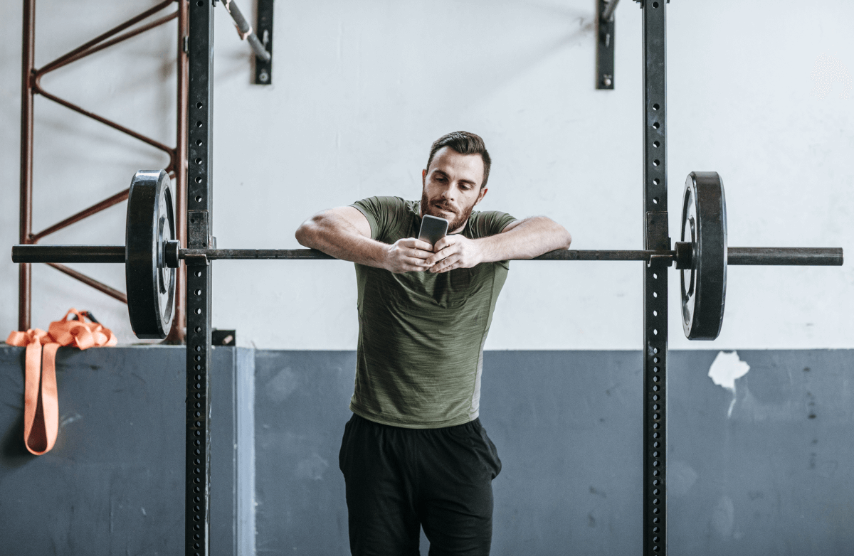 6 Ways to Fight Back Against Workout Distractions