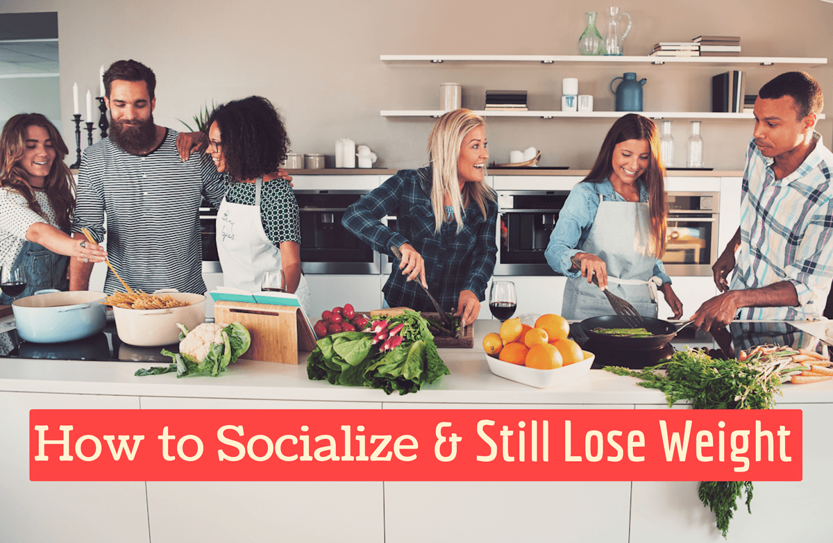 5 Ways to Socialize Without Derailing Your Weight-Loss Goals
