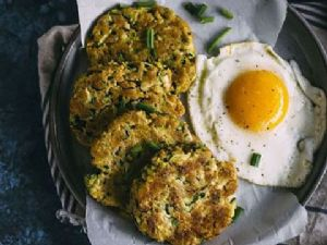 4 Ingredient Zucchini Fritters