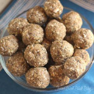 Almond Butter Protein Balls - Paleo/WLC Compliant