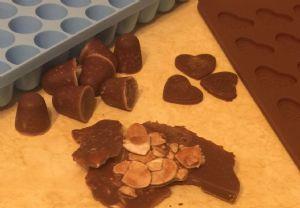 Fat Bomb Chocolate Brittle