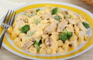 Slow Cooker Chicken & Veggie Mac and Cheese
