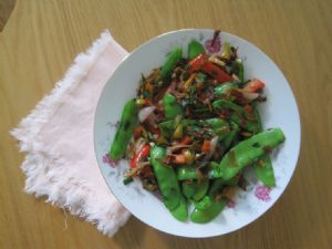 Snow Peas and Daylily Blossoms Stir Fry