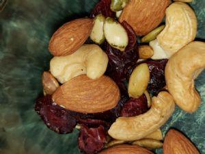 Trail mix (cranberries, Almonds, Cashews, pumpkin seeds)
