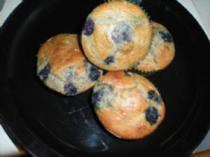 Viki's Yummy Low Carb/Low Fat Whole Wheat Blueberry Muffins
