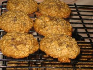 Peanut Butter & Milk Chocolate Chip Studded Oatmeal Cookies