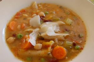 Minestrone Soup-Hearty, Healthy & low sodium