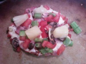 Mini Pizzas - Ham & Pineapple - Under 160 calories each!!!
