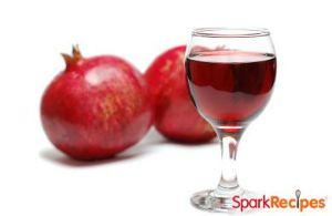 Pomegranate-Ginger Spritzer