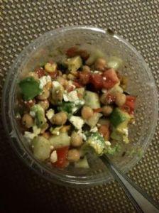 Summertime Chickpea Salad (209 calories)