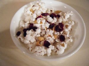 100 Calorie Sweet and Salty Popcorn