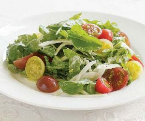 Heirloom Cherry Tomato, Fennel & Arugula Salad with Goat Cheese Dressing