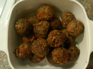 Baked Sirloin and Veggie Meatballs
