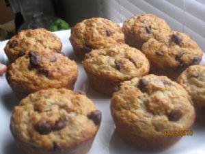 Oatmeal Banana Muffins with dark chocolate chips
