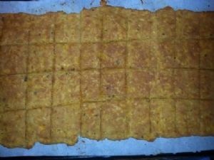 Low Carb Cheese Crackers