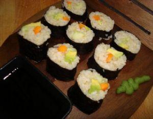 Mari's vegan sushi roll w/ brown rice