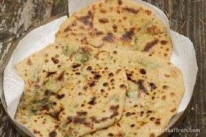 ALOO ONION PARATHA WITHOUT OIL