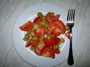 Olive and Tomato salad (Italian)