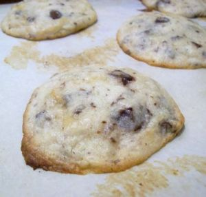 Bitter-Chipped White Chocolate Cookies