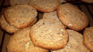 Pecan Shortbread (gluten free, no refined sugar)