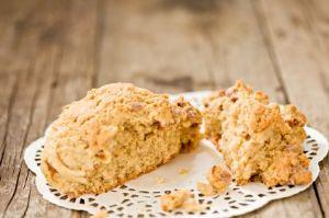 Oatmeal scones (1 small scone)