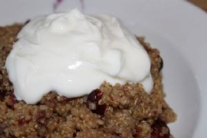 Breakfast Quinoa with Cranberries and Dates