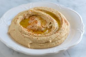 Smooth Simple Hummus Recipe