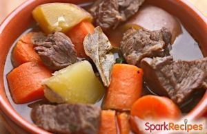 Super Simple Slow Cooker Beef Stew