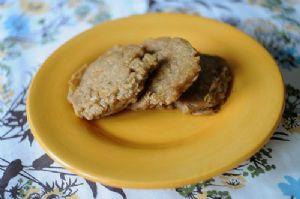 Vegan Banana Coconut Oatmeal Pancakes