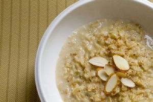 Crockpot Oatmeal to Lower Cholesterol