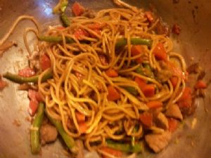 Pork Lo Mein (carrots & g.beans) Half Recipe