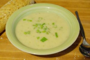 Potato-and-Leek Soup/Potage Parmentier