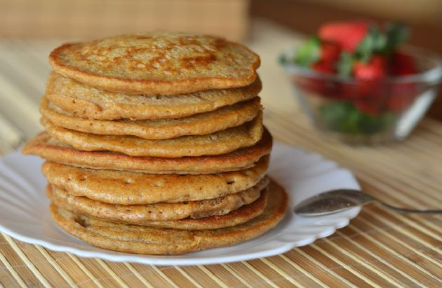 100 Calorie Cinnamon Pancakes!