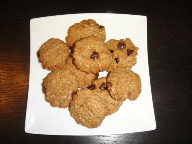 Robin's Oatmeal Peanut Butter Chocolate chip Cookies