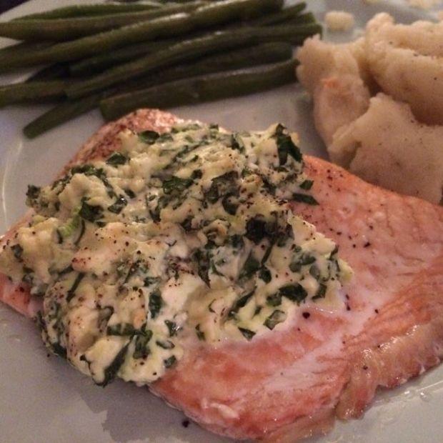Feta-spinach Salmon roast