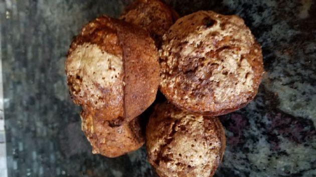 Applesauce Oatmeal Walnut Muffins