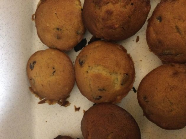Banana muffin with chocolate chips