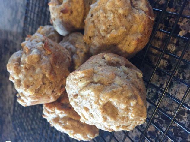 Banana nut kodiak cake muffins