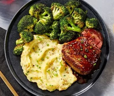 Beef Tenderloin with Mashed Potatoes and Roasted Broccoli