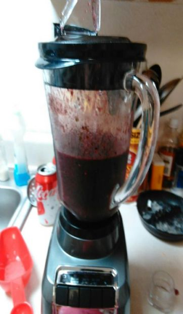 Berry pear green smoothie