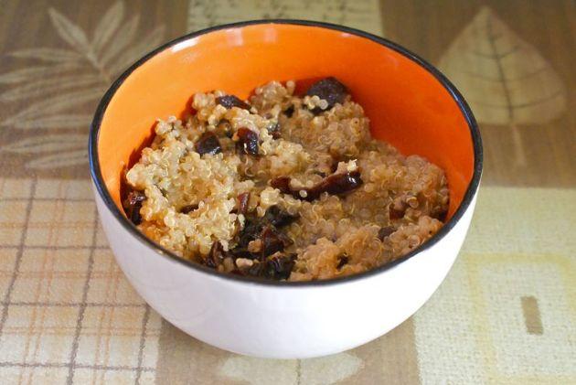 Breakfast Quinoa & Prunes