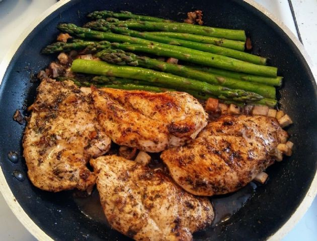 Buttery Garlic and Herb Chicken, with Asparagus & Mushrooms