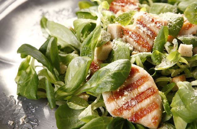 Cajun Chicken Caesar Salad RECIPE