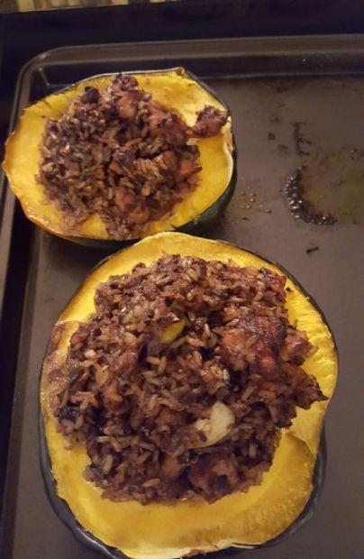 Chicken,apple,quinoa stuffed acorn squash
