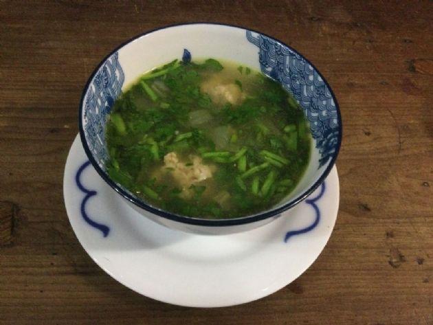 Chinese Broccoli  Soup (Yu Choy)