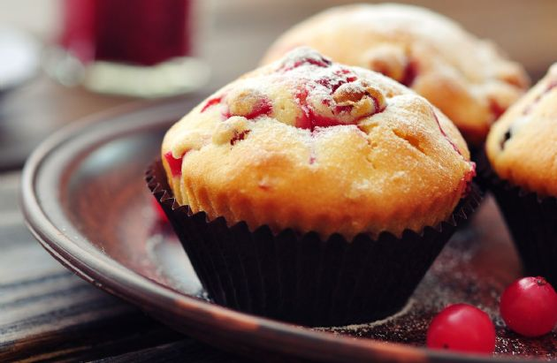 Cranberry Egg Nog Muffins