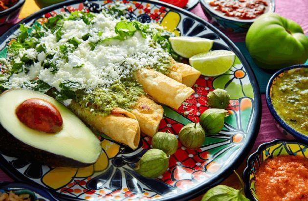 Creamy Green Enchiladas
