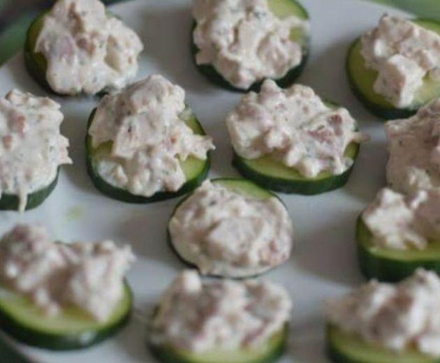 Cucumber and Chicken Snack bites