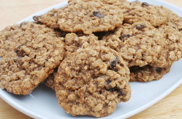 Daniel Fast Peanut Butter Oatmeal Raisin Cookies